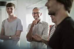 Whitepaper Dienstleistungsverträge mit Freelancern schließen